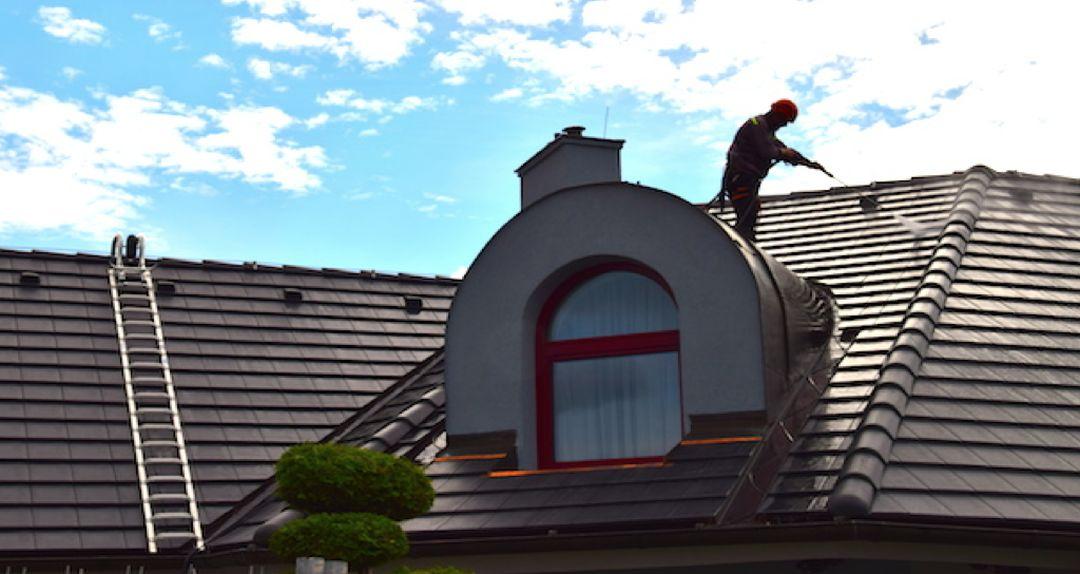 Čistění a nátěry střech